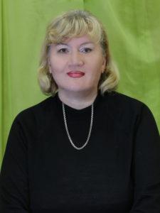 """Заведующая ОСП """"Гостиловский СК"""" - Лилия Евгеньевна Александрова"""