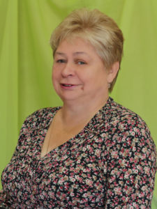 Бухгалтер - Людмила Дмитриевна Петракова